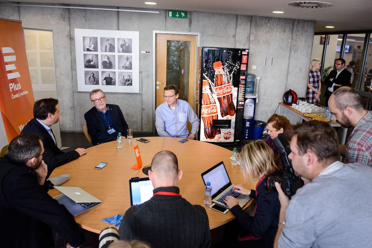 Poslední setkání Petera Duhana ve funkci generálního ředitele Českého rozhlasu s novináři. Foto: Khalil Baalbaki, Český rozhlas