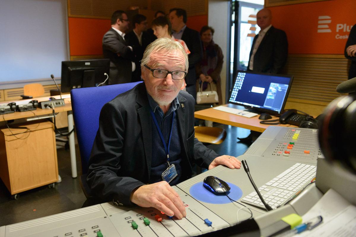 Peter Duhan spouští vysílání nové podoby Českého rozhlasu Plus. Foto: Khalil Baalbaki, Český rozhlas