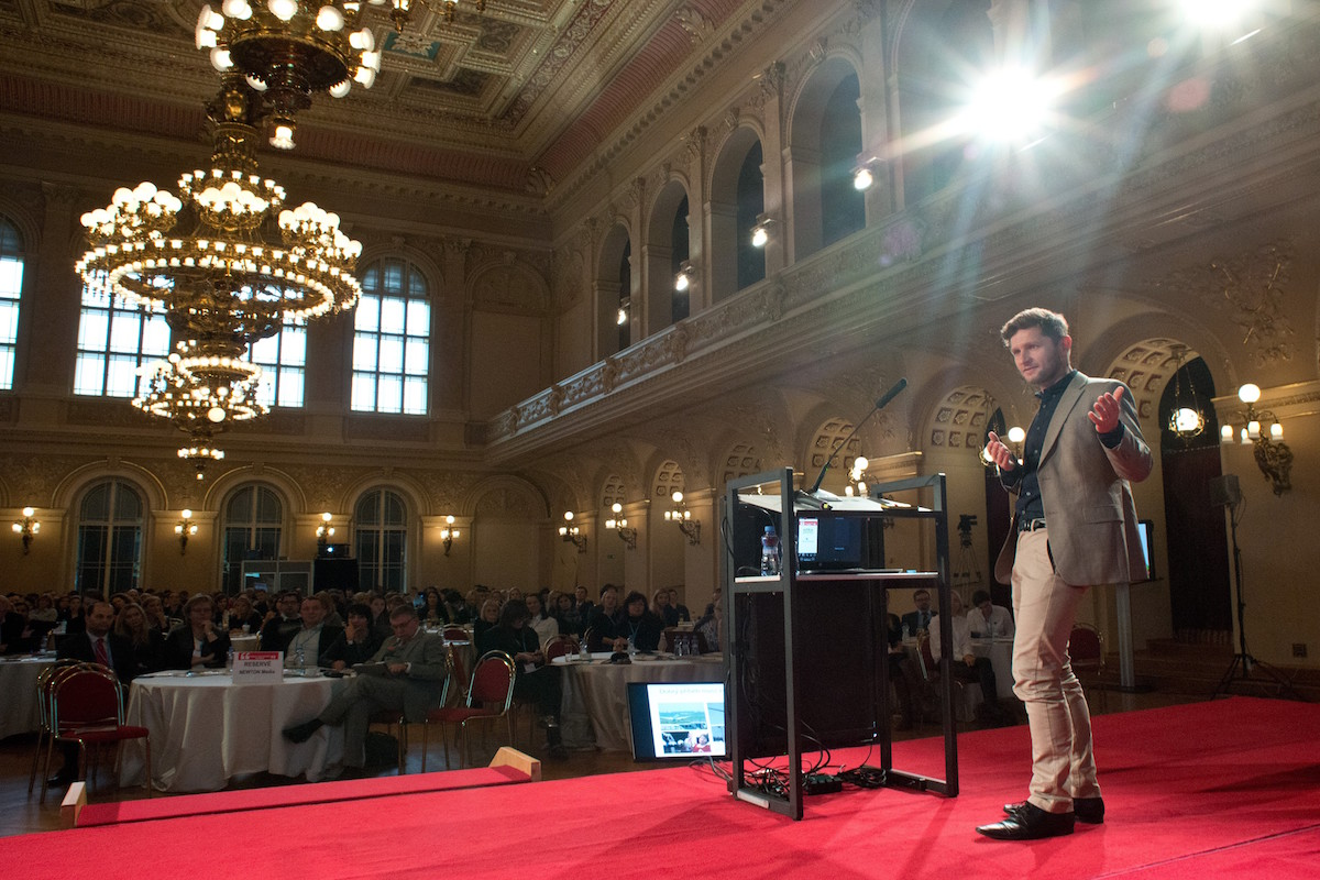 Tomáš Kellner na PR Summitu v říjnu 2015 v Praze. Foto: David Bruner