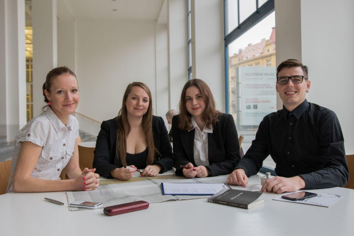 Tým agentury Content Wizards: Zleva Alena Janečková, Anna Sálová, Zuzana Veselá a Karel Sál
