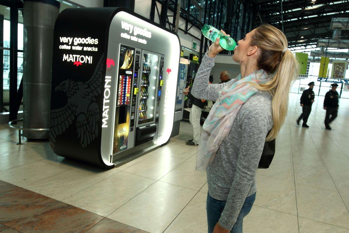 Dosavadní spolupráce KMV a Š&Sch zahrnuje 65 automatů na pražském Letišti Václava Havla