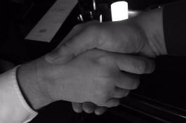 Echo s Motejlkem spouští denní Business Monitor