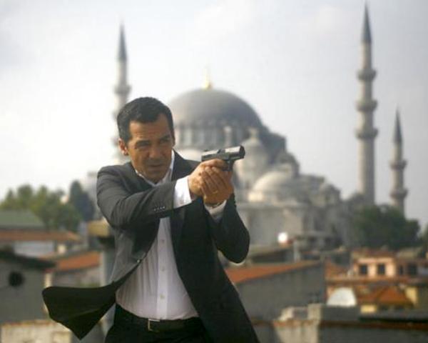 Kriminálka Instanbul je příběh policejního komisaře Mehmeta Özakina. Foto: TV Barrandov