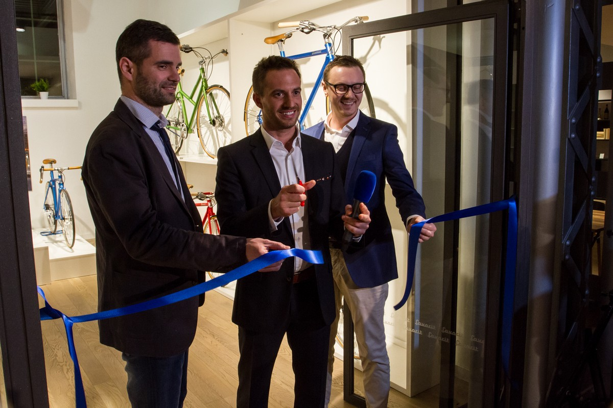 Showroom otevřeli zleva Martin Laho, Richard Galovič a Petr Novague