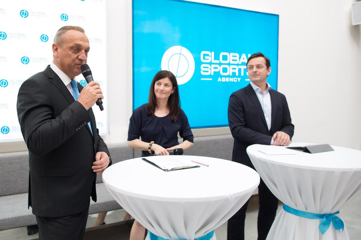 Vlevo Pavel Zíka, vpravo Jakub Dlouhý. Foto: Global Sports