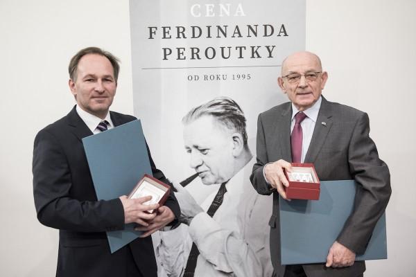 Peroutkovu cenu dostali Wollner a Dobrovský