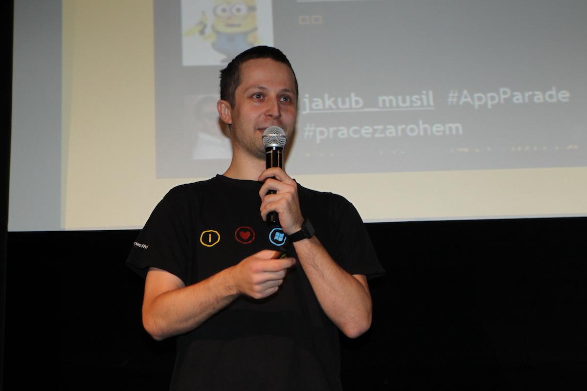 Maťo Hrinčár jako jediný vyrobil apku pro chytré hodinky, nejmenší na 22. AppParade