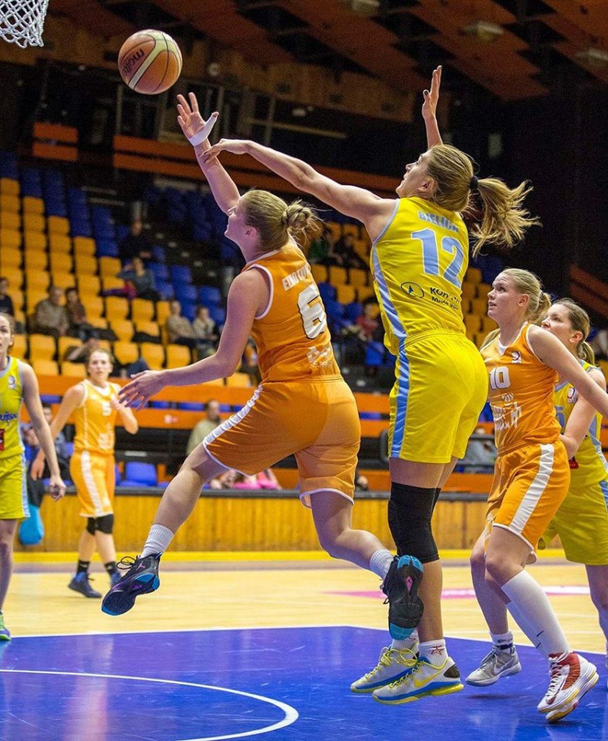 Ženský basketbal. Foto: TVCom.cz