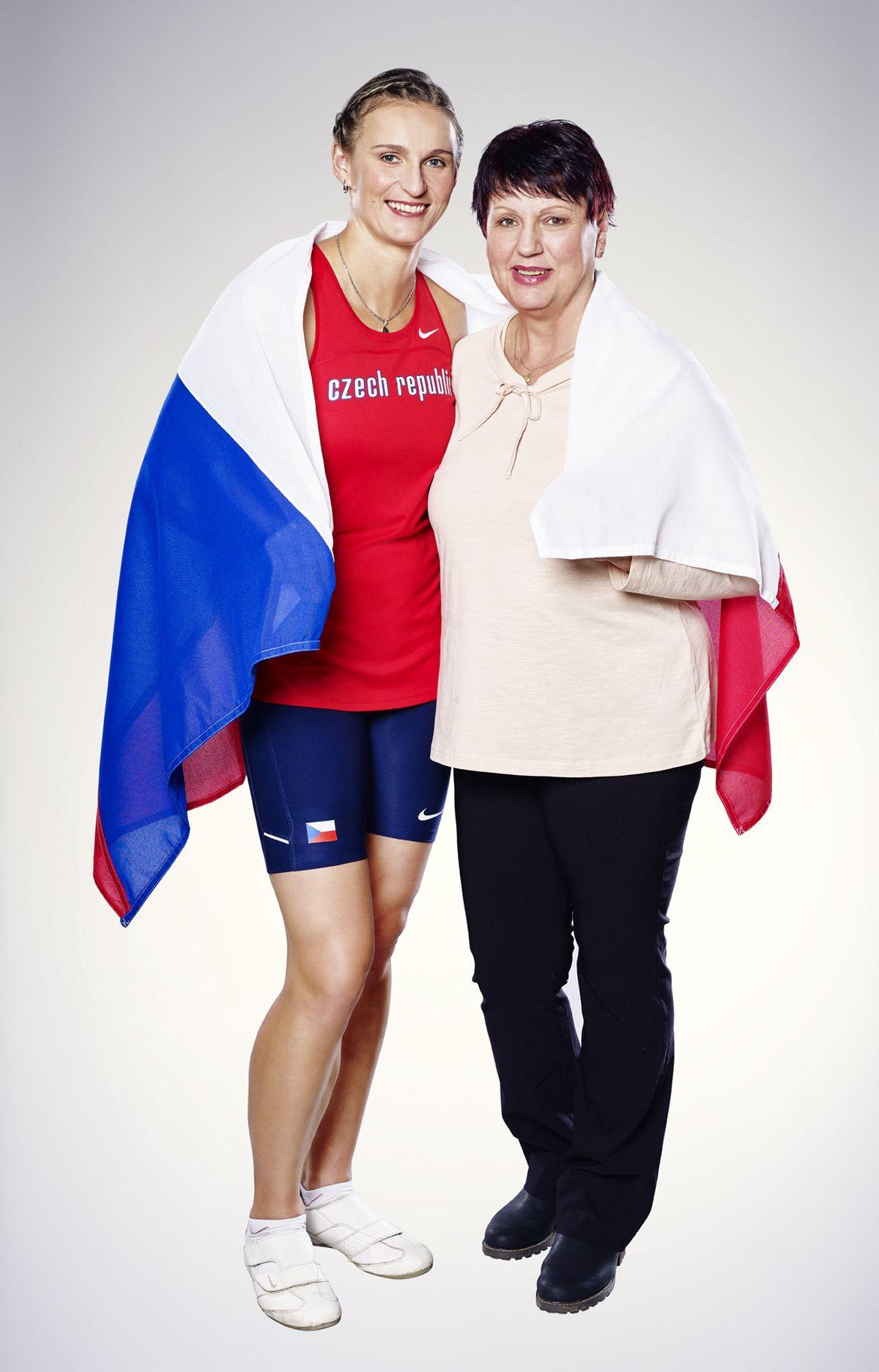 Barbora Špotáková s maminkou