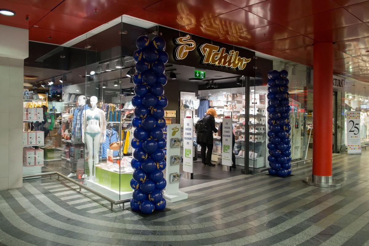 15. dubna otevřený 15 obchod Tchibo v Praze