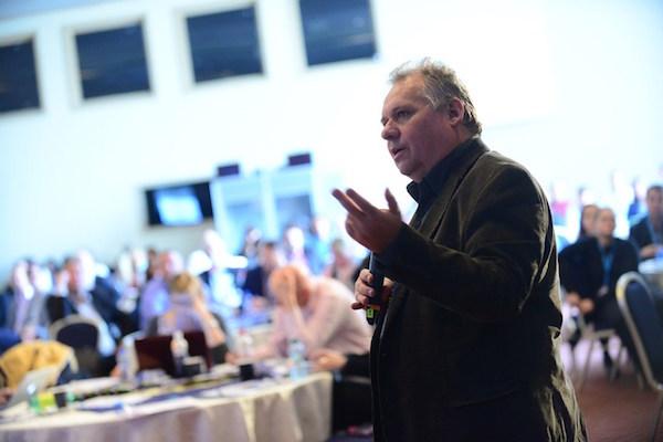 Pořadatel a moderátor konference Retail in Detail Tomáš Krásný. Foto pro Blue Events: David Bruner