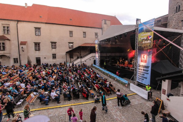Kaufland zase pojede letní koncerty