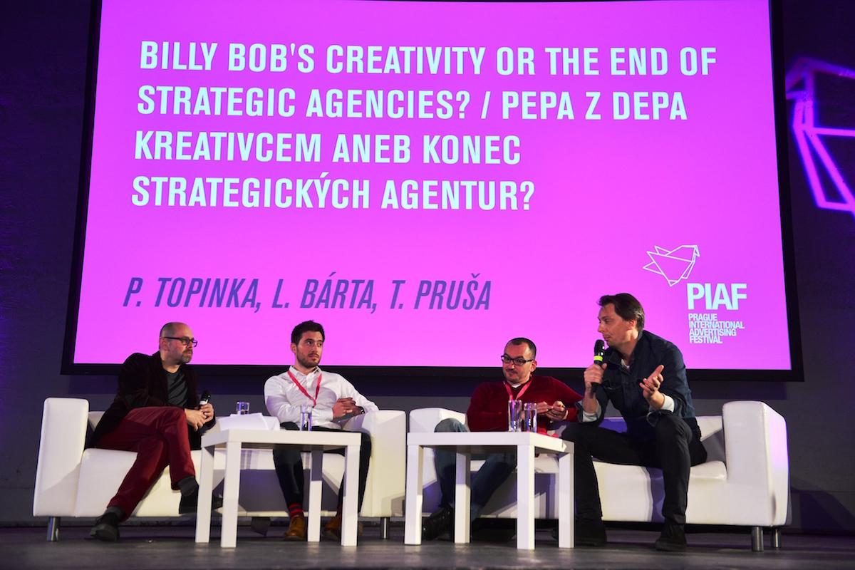 Debata na reklamním festivalu. Zleva Marek Hlavica, Ladislav Bárta, Tomáš Průša, Petr Topinka. Foto: Radana Čechová