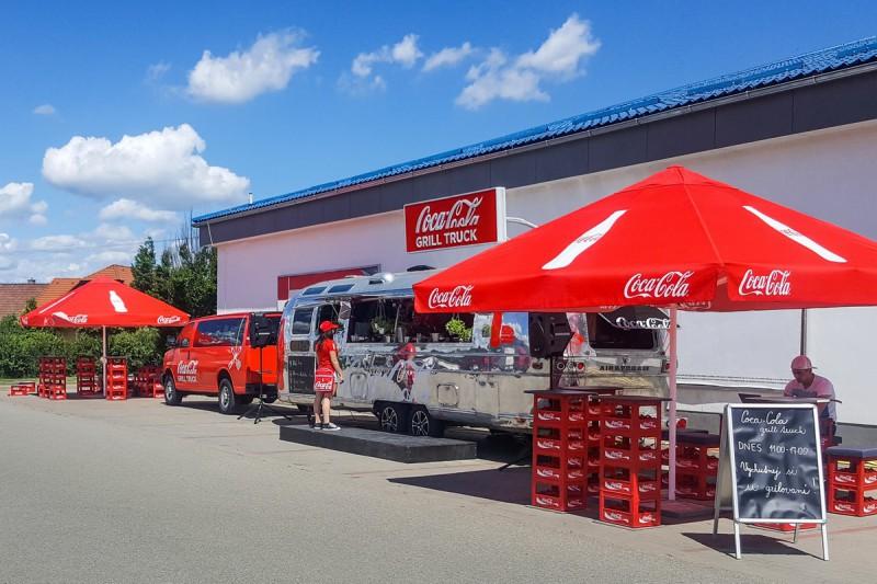 Pivu i cole se v Česku daří. Léto zaplní foodtrucky