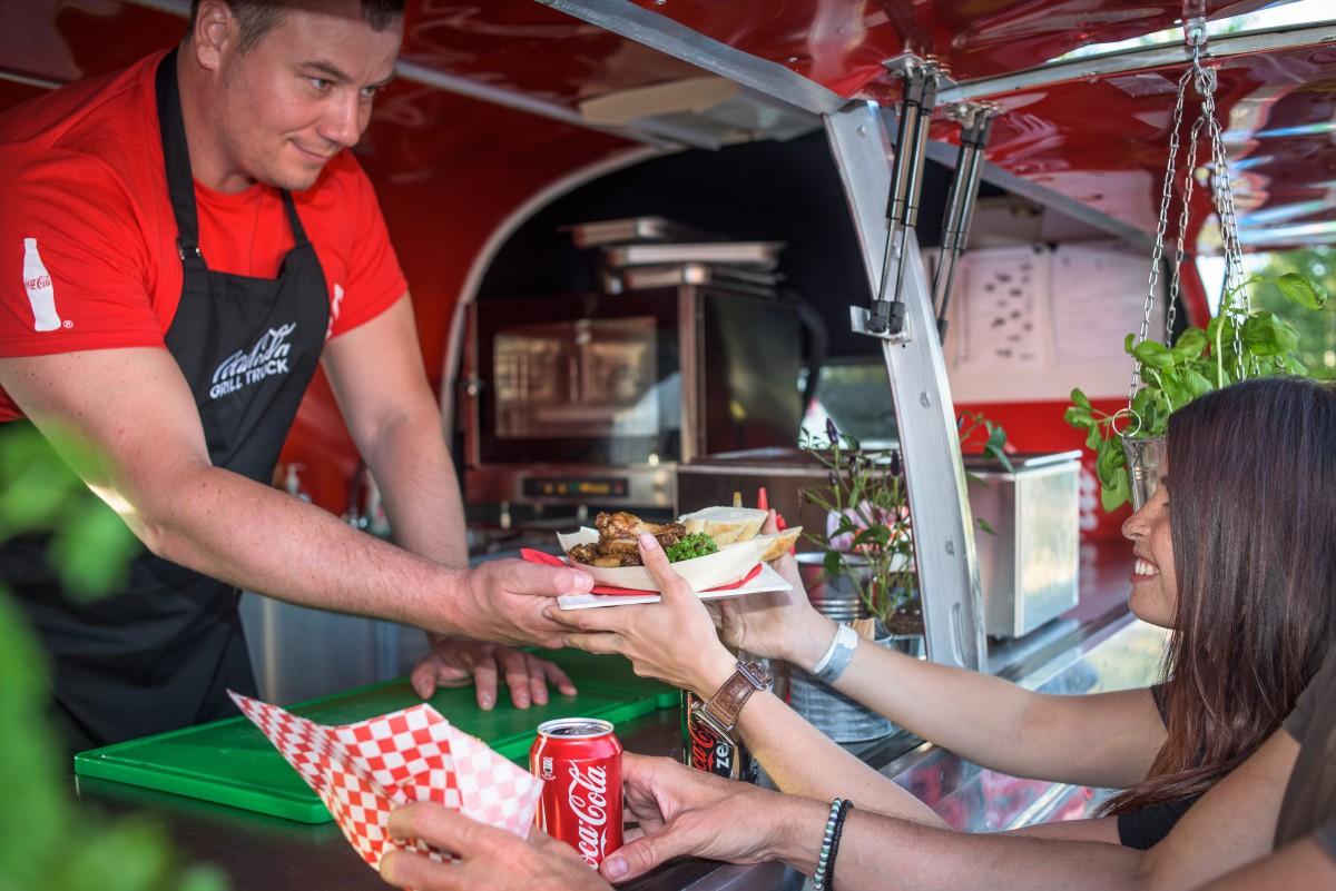 Coca-Cola Grill Truck bude mít v létě více než 70 zastávek