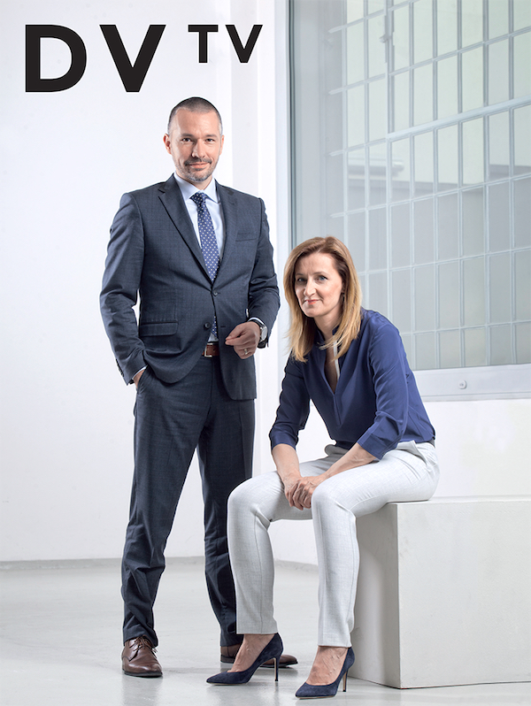 Obálka prvního tištěného vydání rozhovorů z DV TV