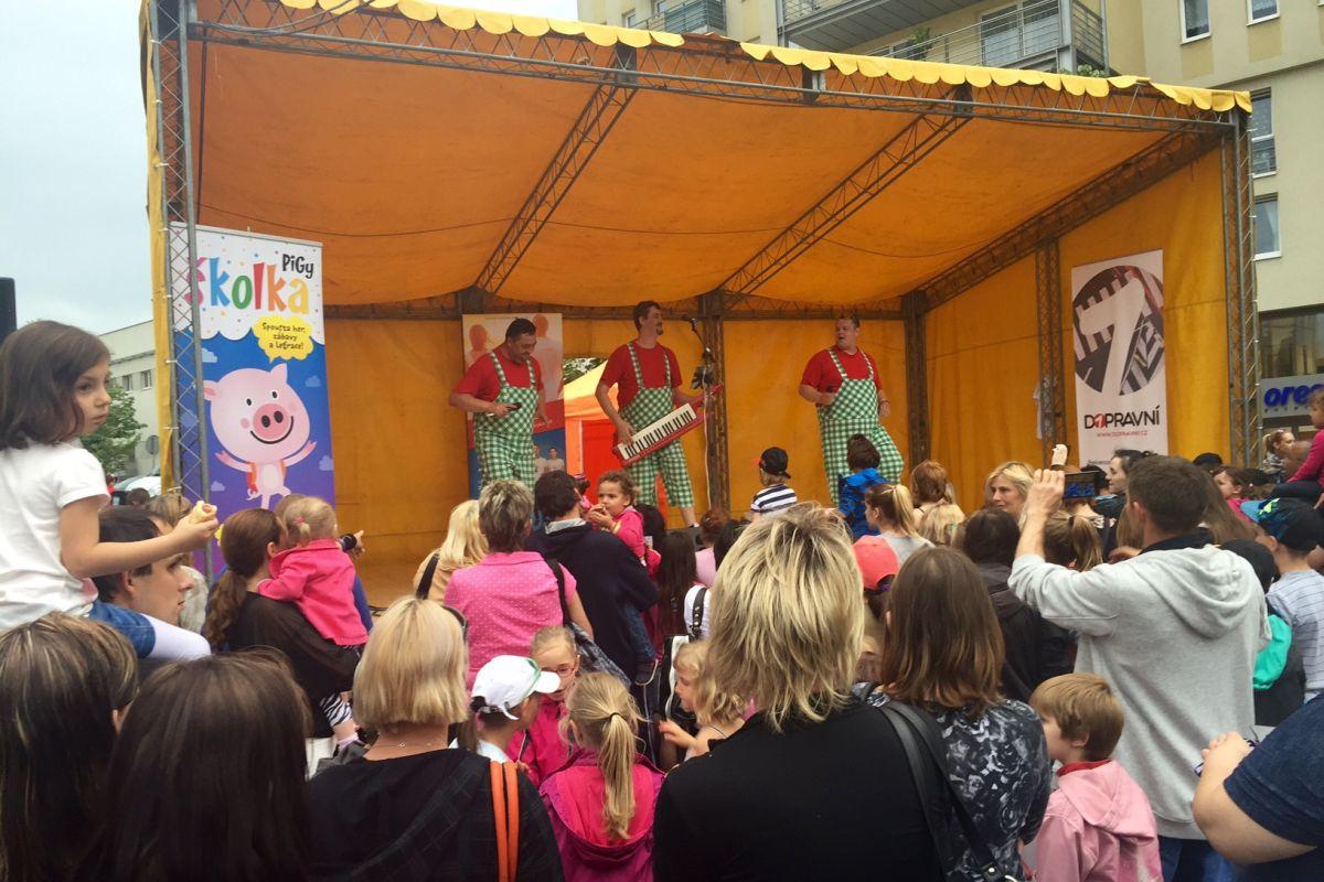 Projekt Dopravní jednička podporují i roadshow a eventy, včetně akcí určených dětem
