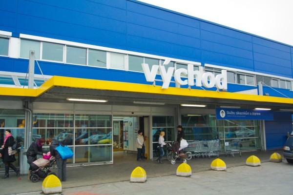 Ikea zavádí výdejní místa v regionech, v Praze nabídne nonstop boxy