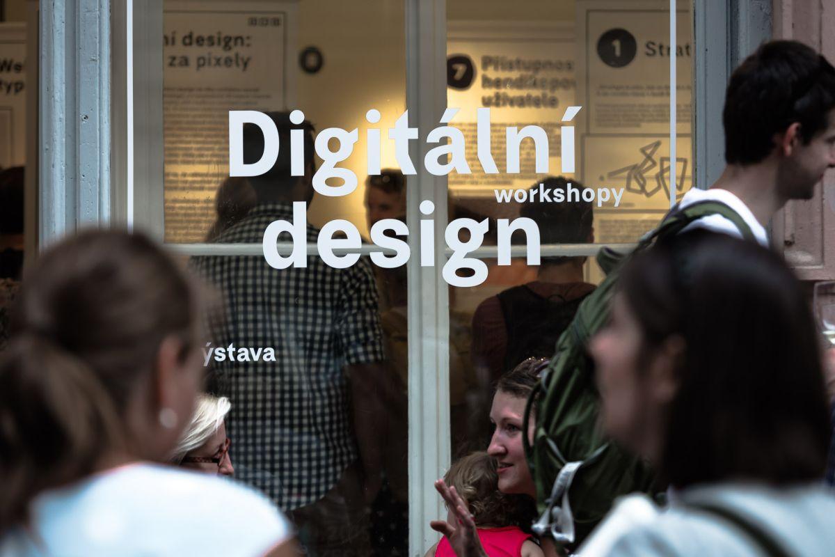 Mezi projekty Czechdesignu, popularizující digitální design, patřila výstava Digitální design: Pohled za pixely. Foto: Jakub Hrab