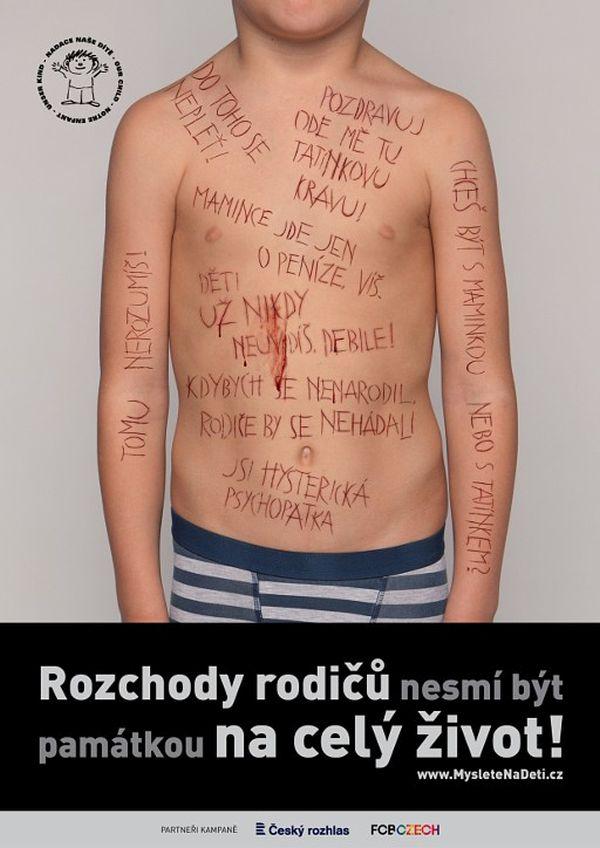 Reklama Myslete na děti působí podle stížností zbytečně naturalisticky a může děti děsit