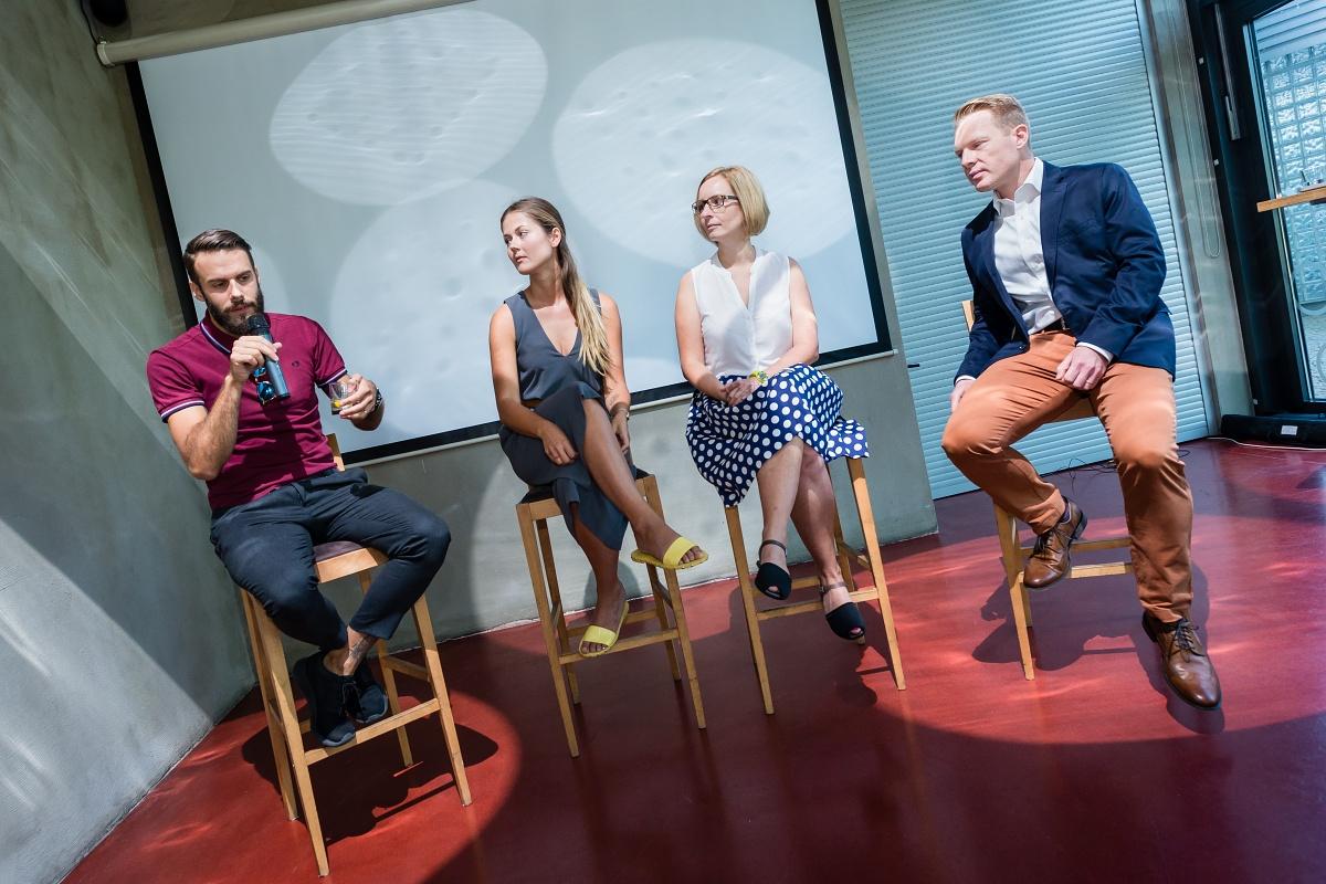 Patrik Schober (vpravo) s diskutéry třetího PR Brunche