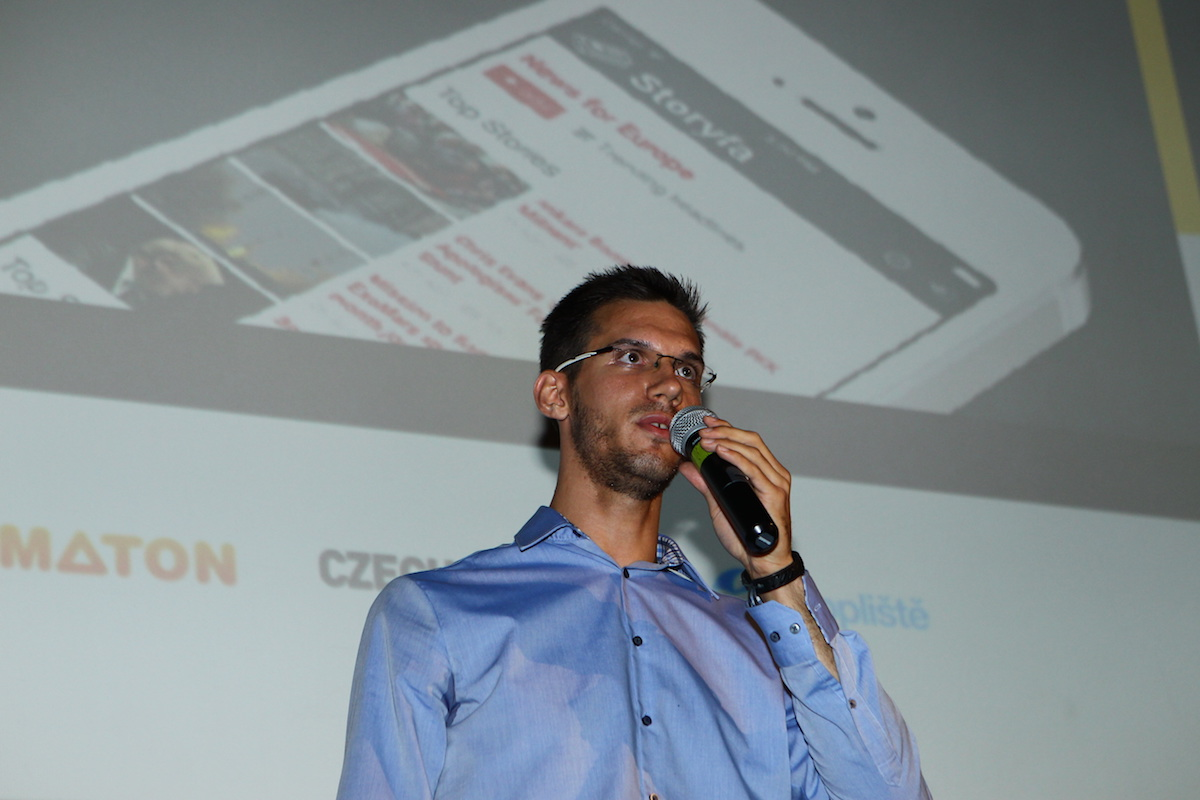 Patrik Abrahámek ukázal aplikaci Storyfa