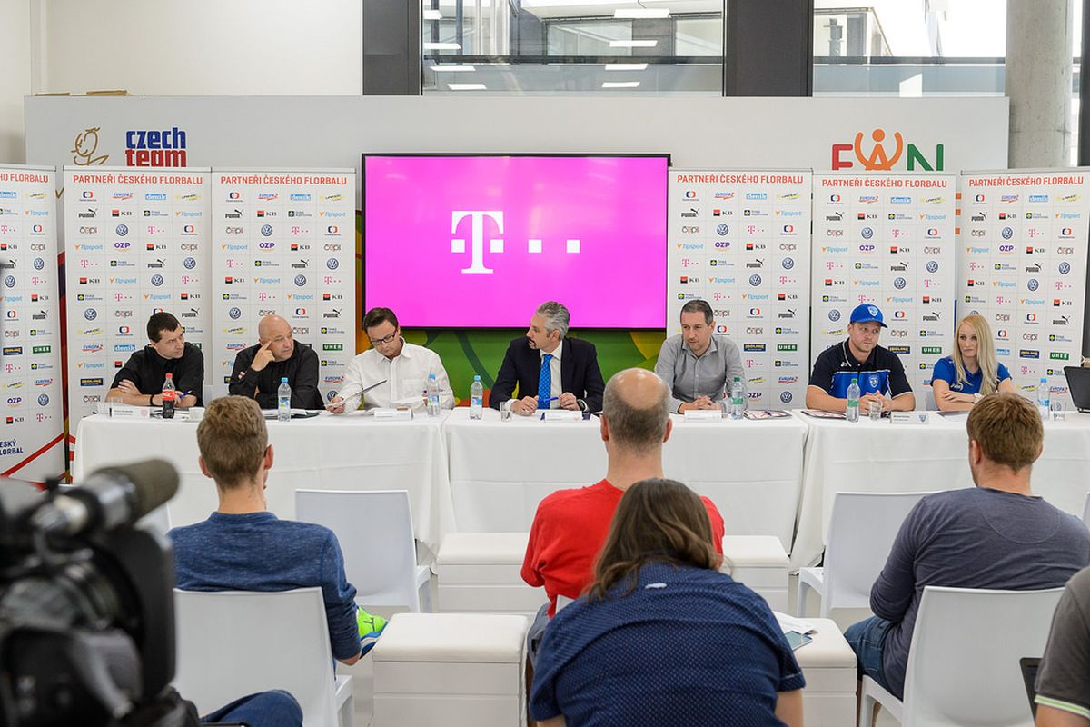 T-Mobile se spojil s českým florbalem