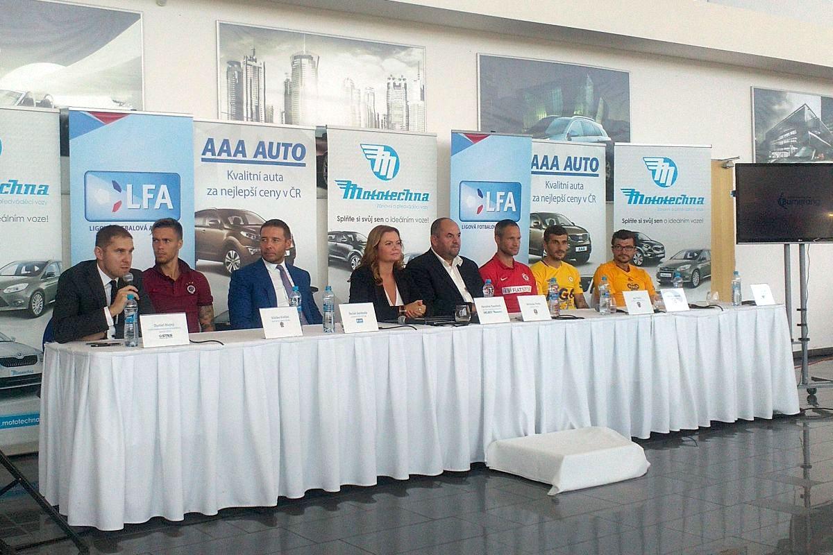 Tisková konference k uvedení partnerství AAA Auto a Ligové fotbalové asociace