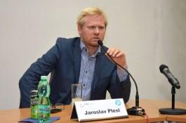 """""""Česká média ovládnou majitelé datových sítí"""""""