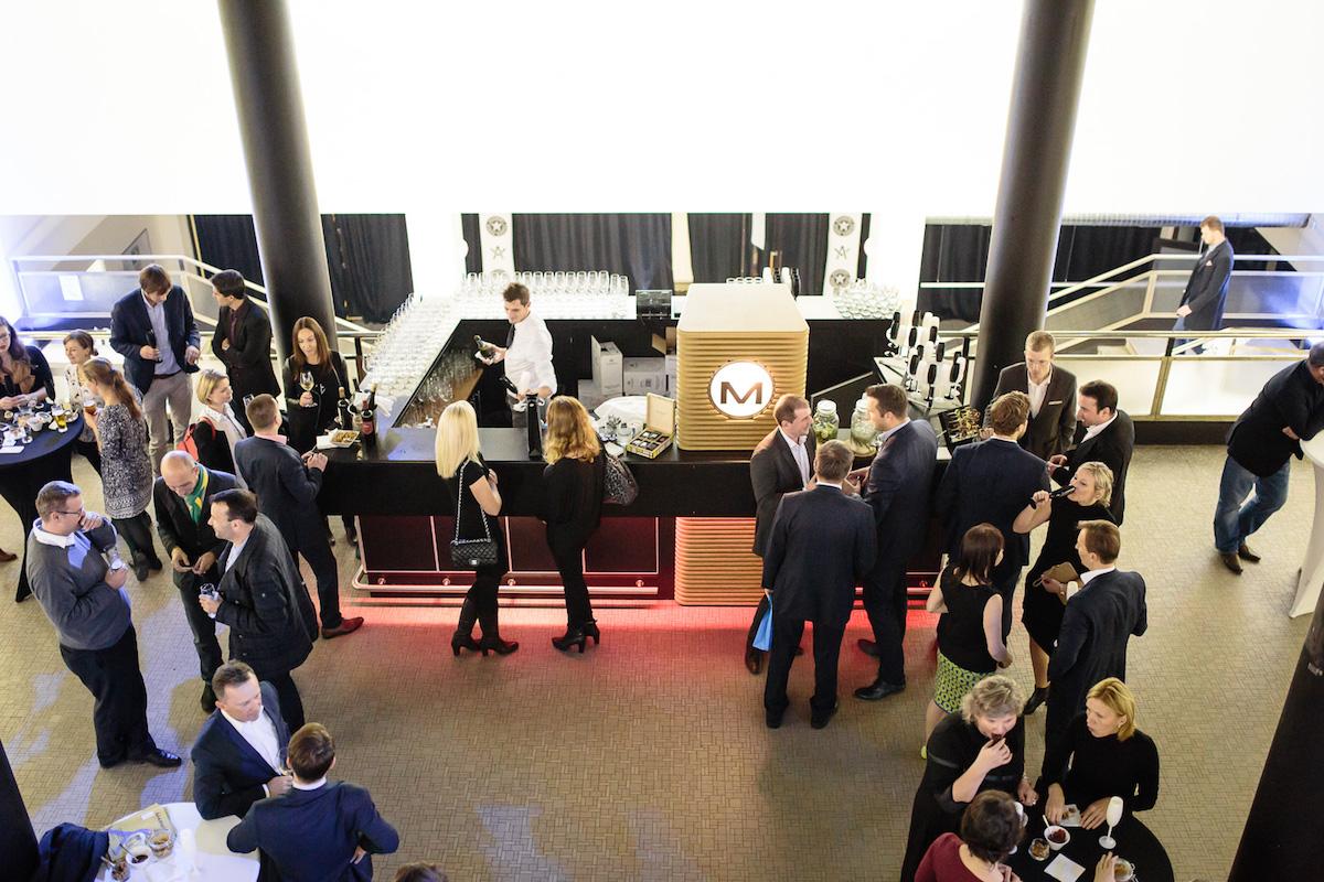 V pražské Chemistry Gallery se na oslavě prvního výročí magazínu sešlo na 70 hostů z řad autorů, zaměstnanců a klientů KPMG