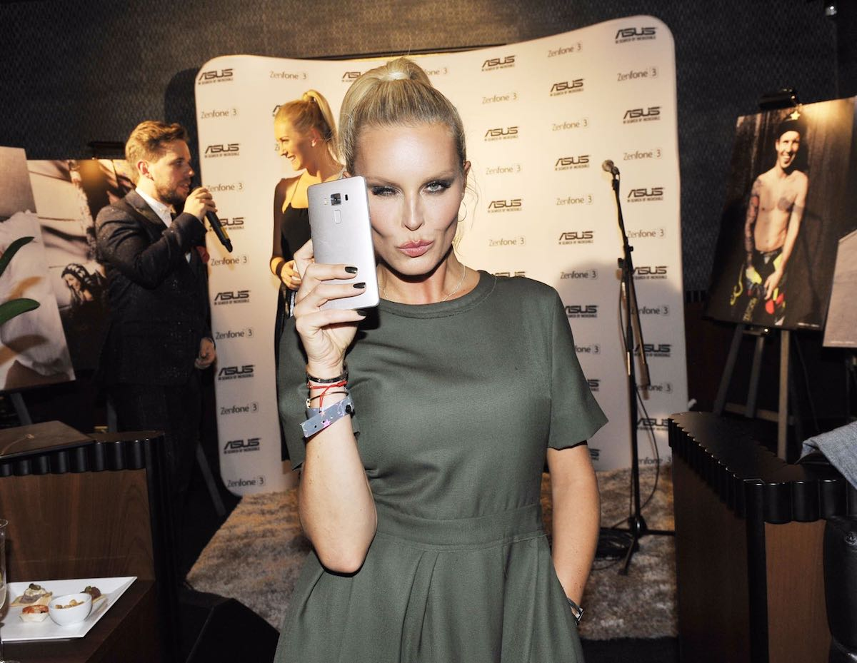 Simona Krainová na křtu telefonu Asus ZenFone 3