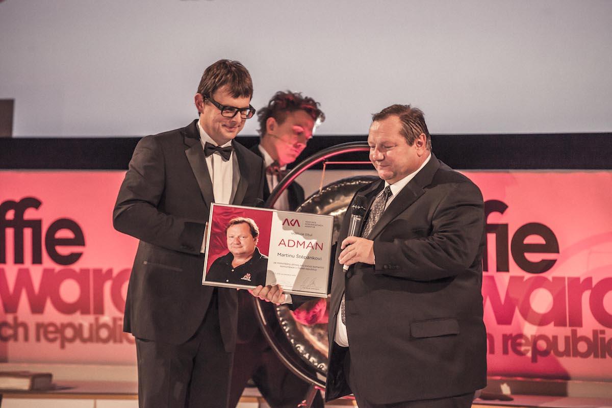 Čestný titul Adman si za přínos české reklamě odnesl Martin Štěpánek