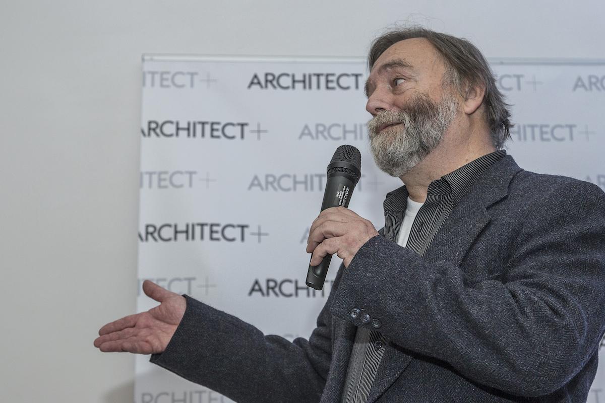 Hlavní tvůrce předchozího Architekta Julius Macháček