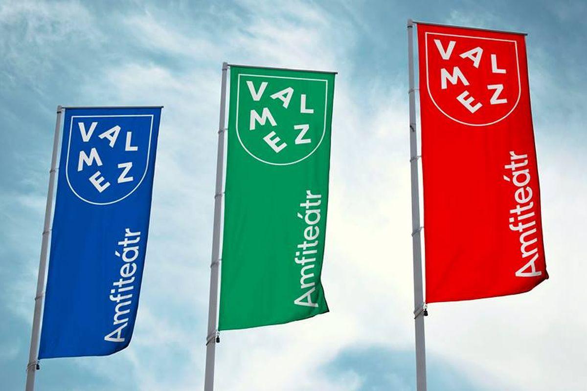 Základními barvami nové vizuální identity města jsou zelená, modrá a červená