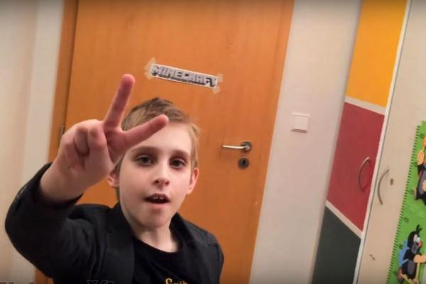 Žebříček českých virálů ovládl devítiletý Misha