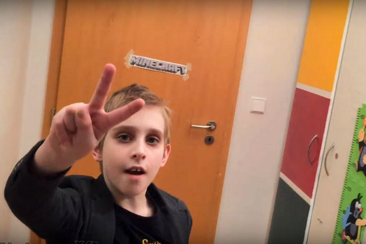 Videa youtubera Mishy dosahují milionových zhlédnutí