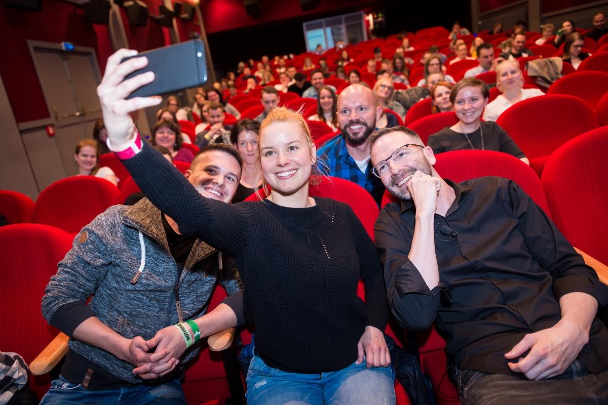Patricie Solaříková a my ostatní na akci Instameet Summit 2017. Foto: Vojta Herout