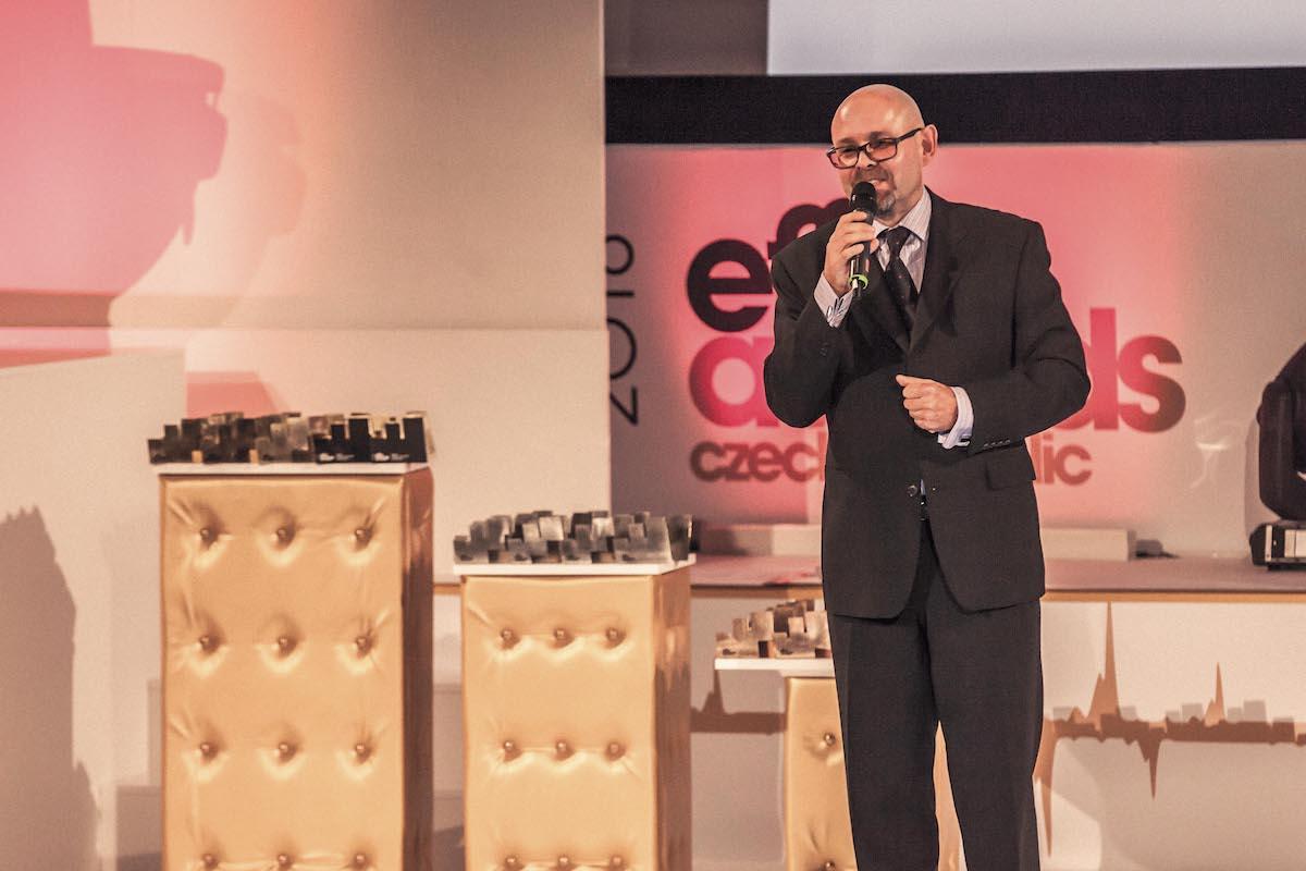 Výkonný předseda Asociace komunikačních agentur Marek Hlavica na Effie 2016 v pražské Lucerně