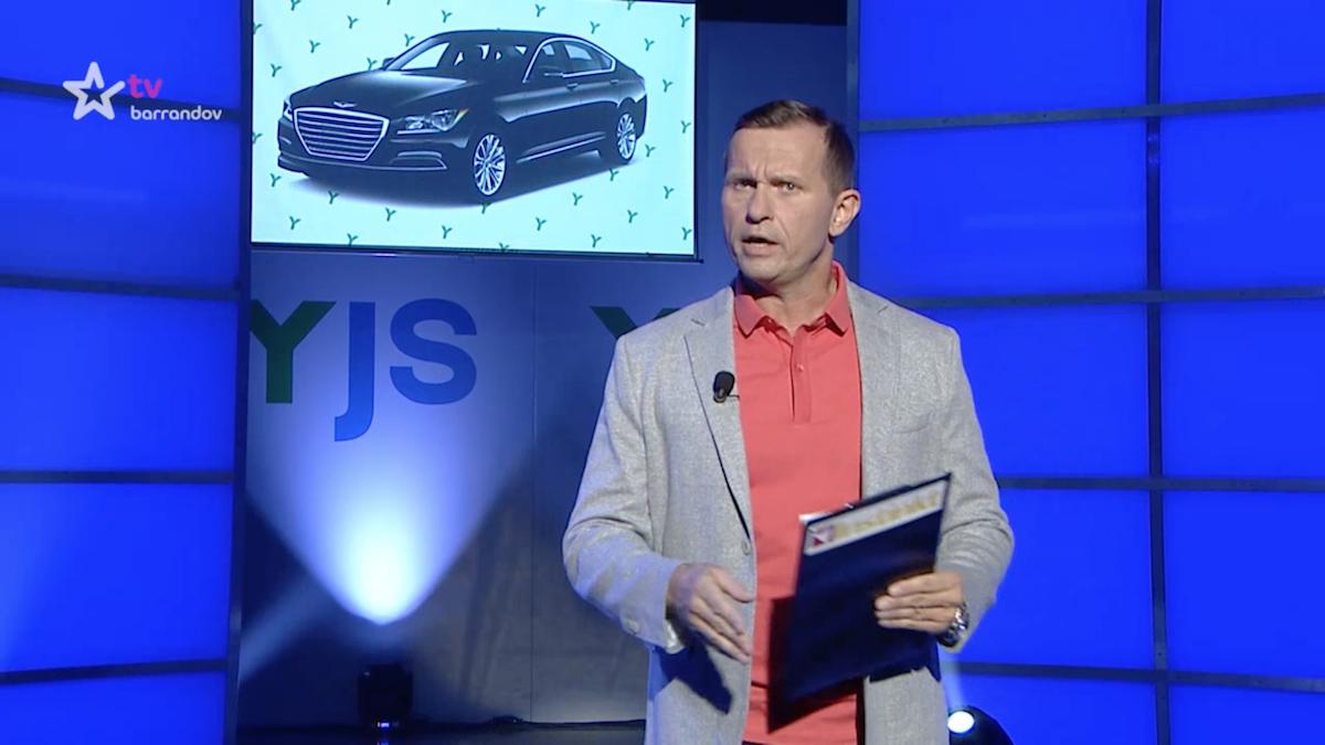 """""""Mám úplně obyčejný auto, Hyundai. Dneska se říká Hjondé."""" Instinkty Jaromíra Soukupa z 11. září"""
