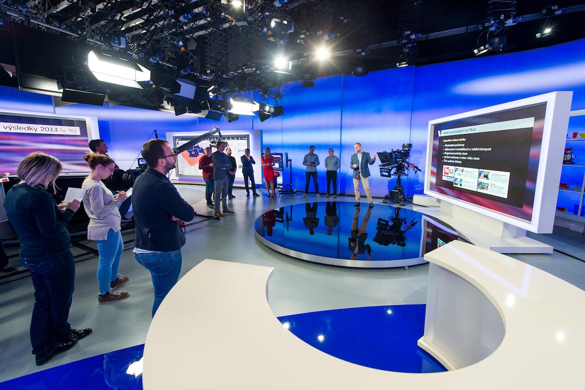 Volební studio televize Nova sestává ze čtyř sekcí. Foto: TV Nova