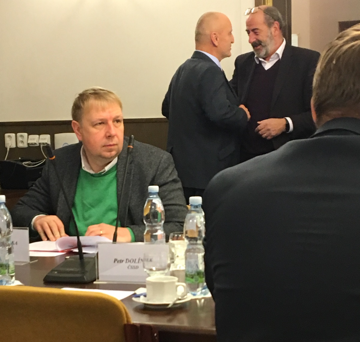 Novým členem volebního výboru je Aleš Juchelka, čerstván poslanec ANO, známý jako moderátor hudebního televizního pořadu Medúza a v minulých letech ostravský zastupitel za TOP 09