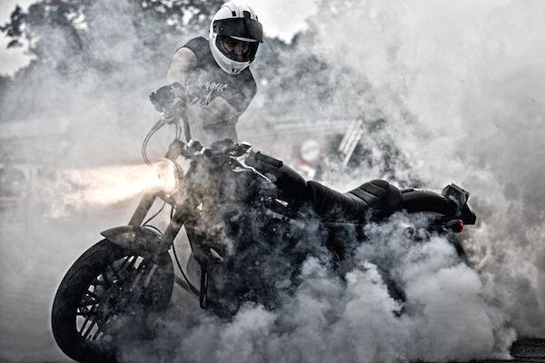 Lemonade zpropaguje oslavy Harley-Davidson