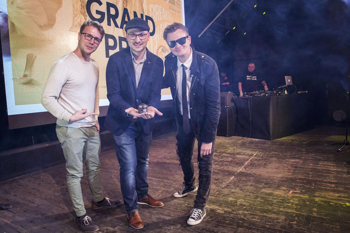 Jednu ze dvou Grand Prix si odnesl tým One Man Show. Vpravo Kamil Bartošek, uprostřed Markus Krug. Foto: Zuzana Bonisch
