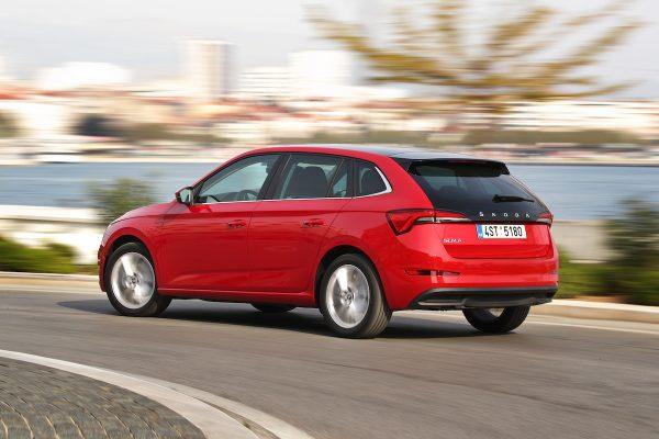 Škoda Scala vstupuje na trh, automobilka zavádí digitální showroomy