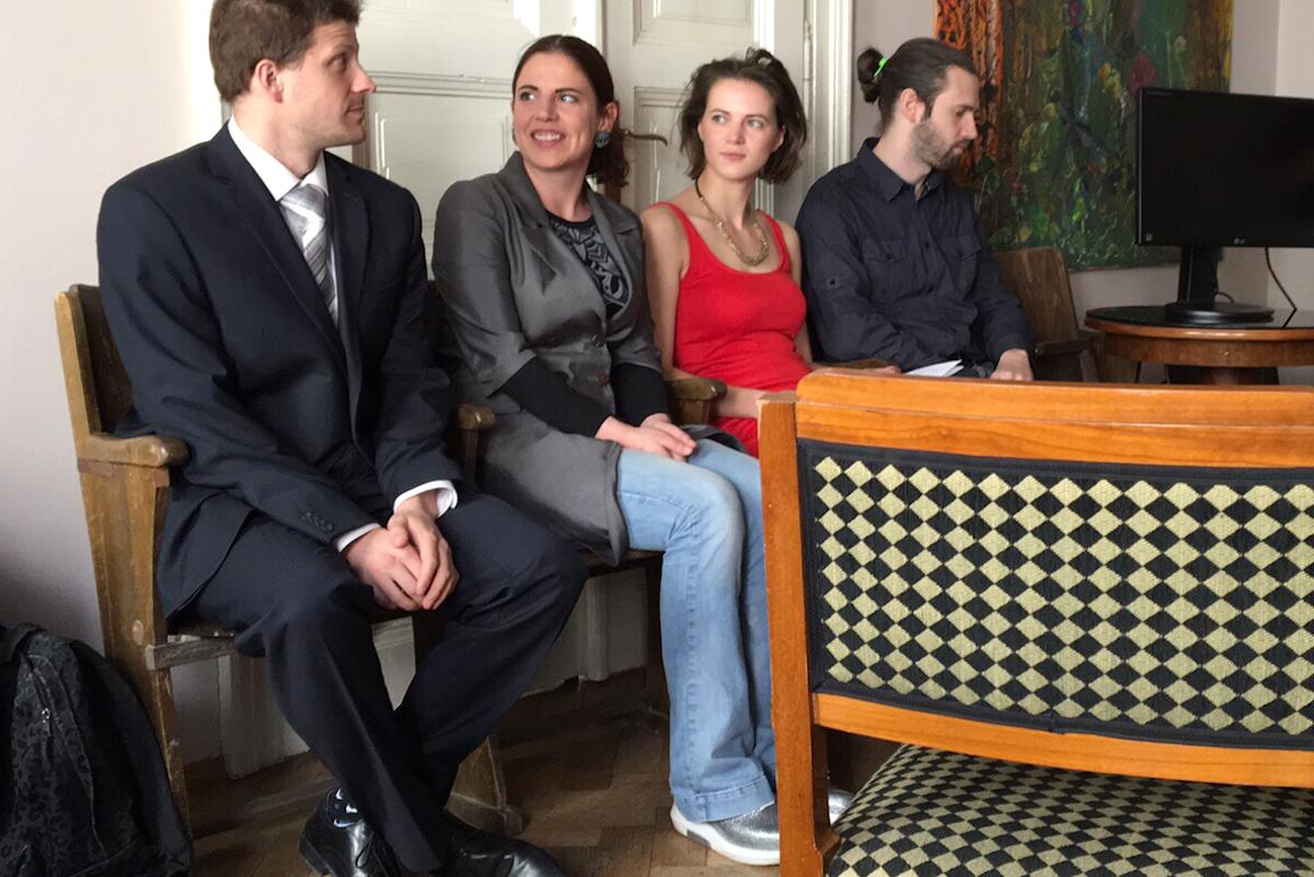 Brněnský festival se představil v Praze: vlevo zastupitel Brna Matěj Hollan, vedle něj šéfka akce Kamila Zlatušková