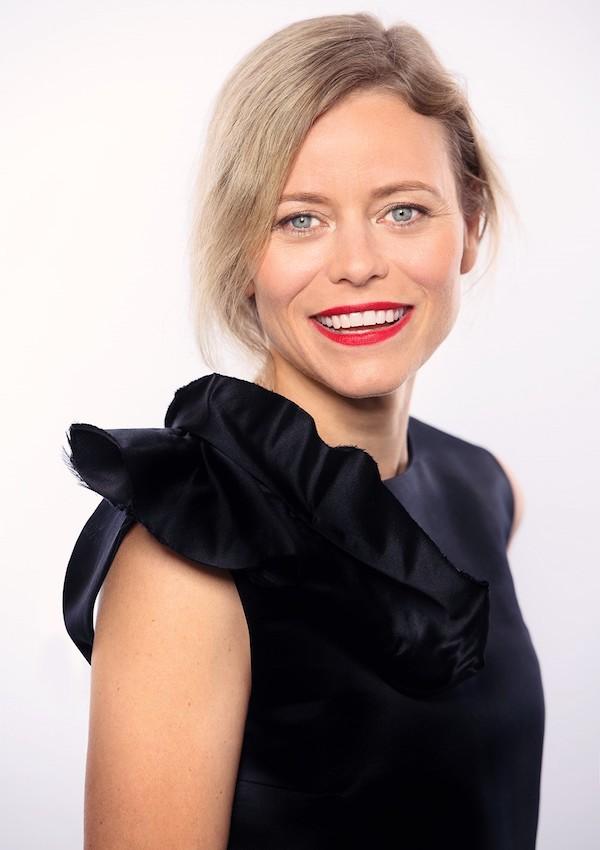 Nora Grundová