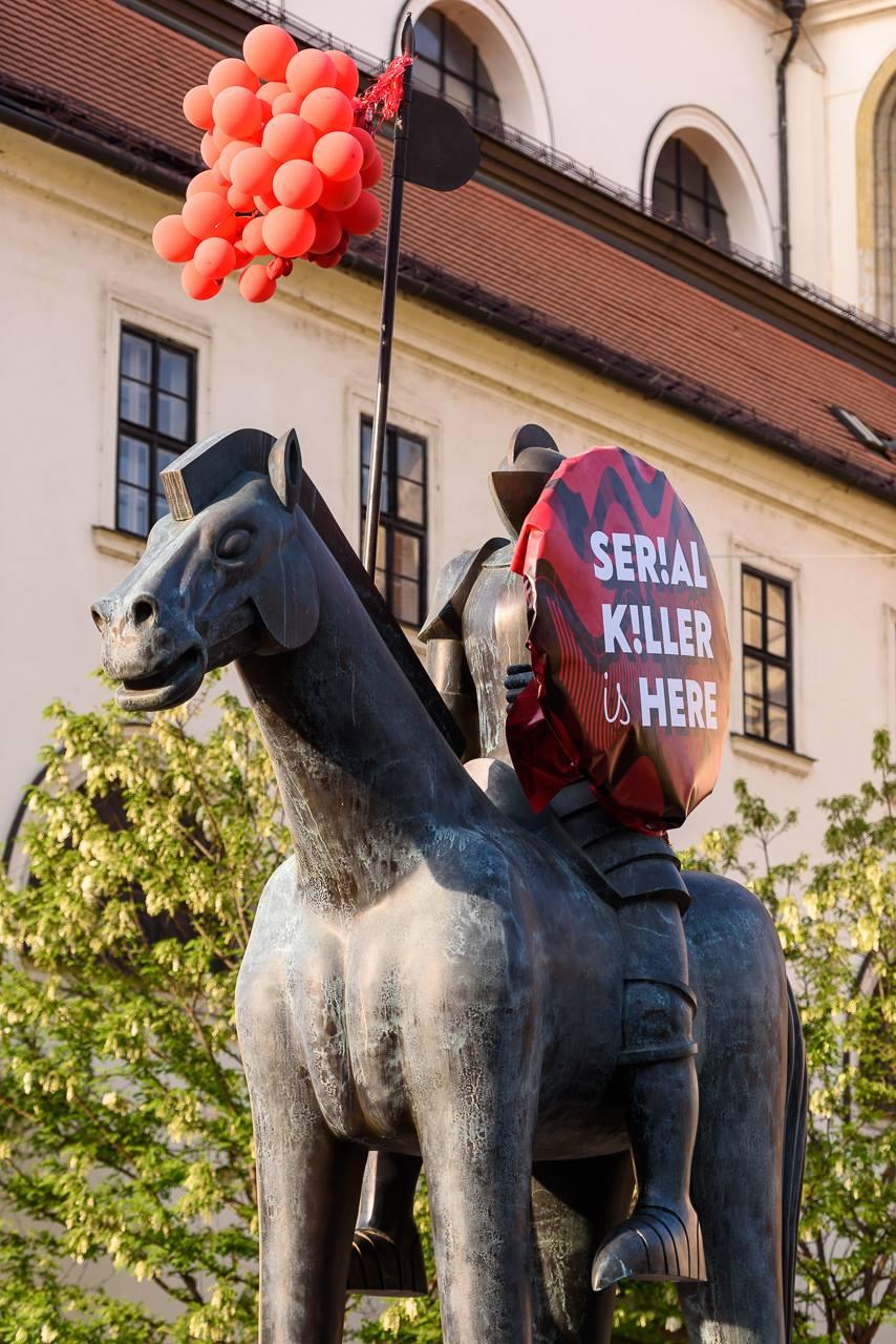 Rónův Jošt dostal festivalový štít. Foto: Serial Killer