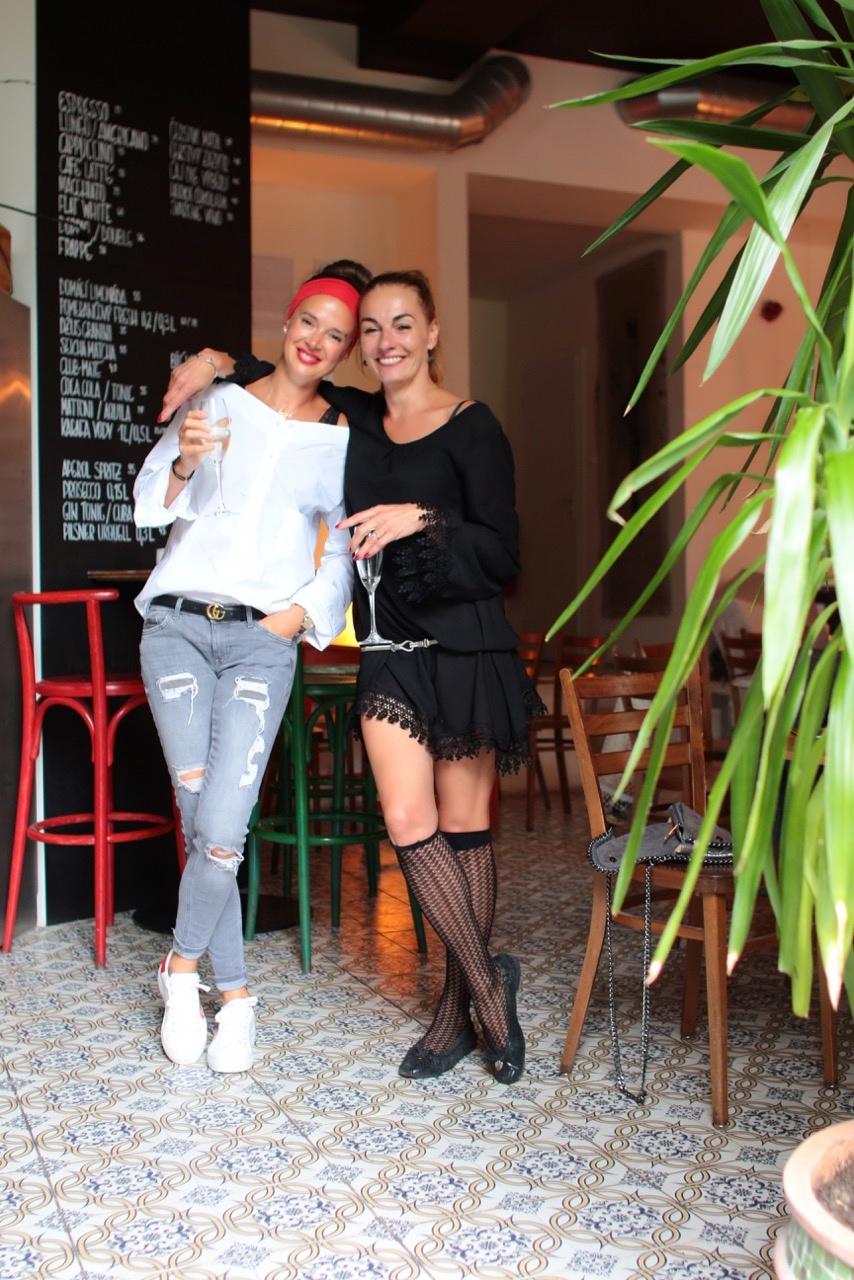 Petra Kobilková a Helena Křesinová, hlavní postavy Salt & Pepper