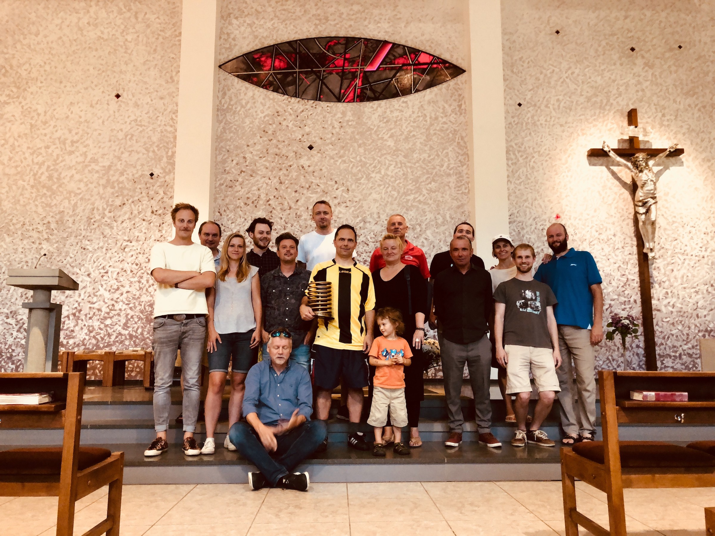 Výherce, farníci a textaři v kostele svaté Terezičky