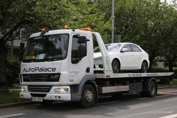 Auto Palace spouští jako první nákup aut online